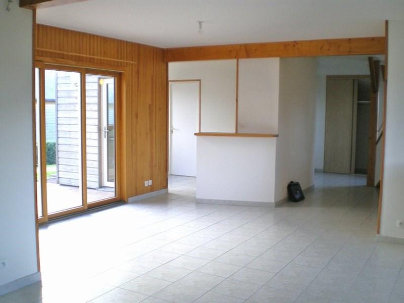 Location maison / villa Canisy 610€ CC - Photo 4