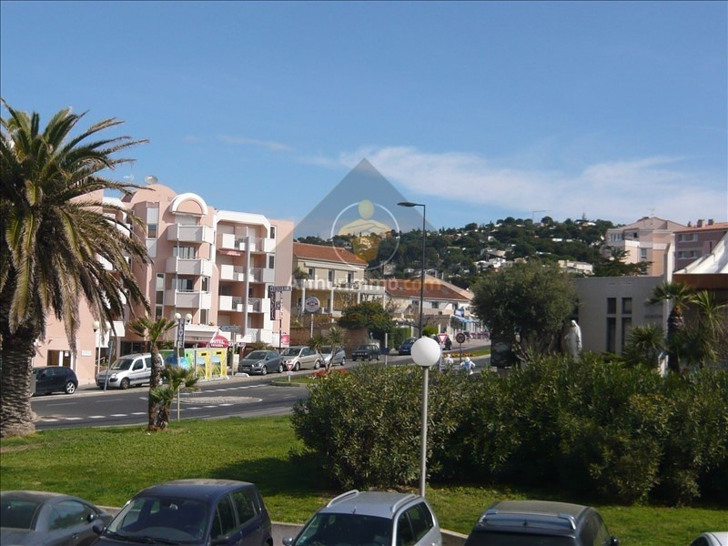 Location local commercial Sete 700€ HT/HC - Photo 6