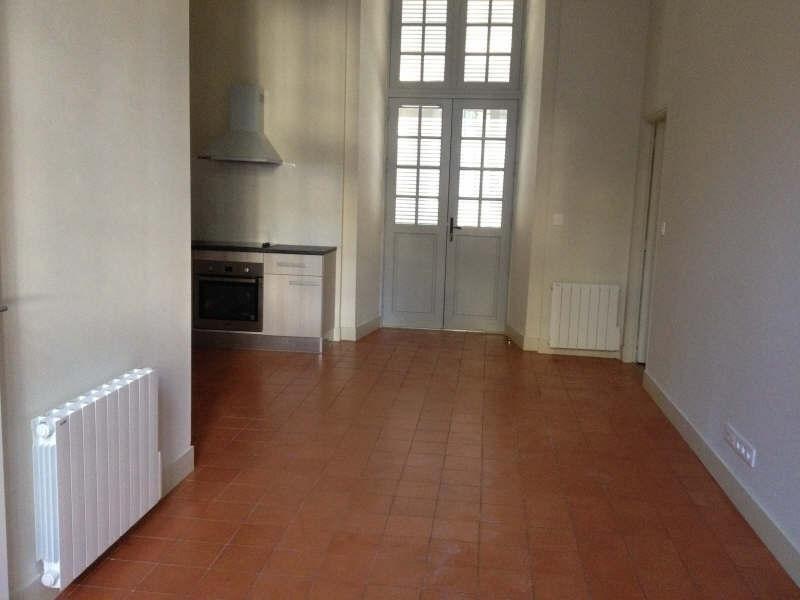 Verhuren  appartement Nimes 752€ CC - Foto 3