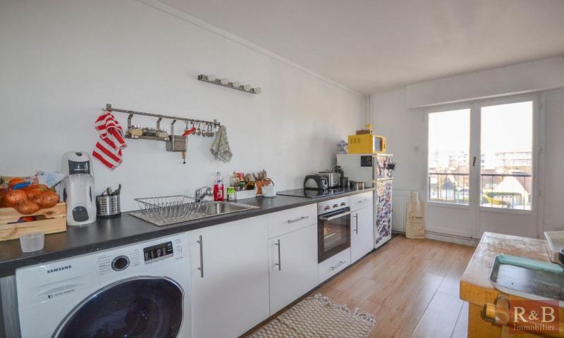 Sale apartment Plaisir 198000€ - Picture 3