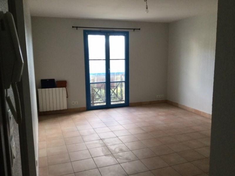 Rental apartment Saint ave 420€ CC - Picture 3