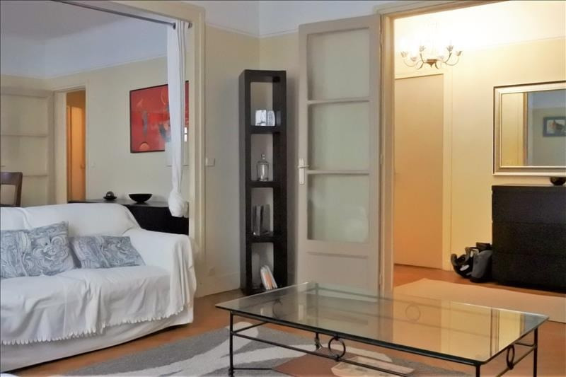 Location appartement Paris 16ème 2 200€ CC - Photo 8