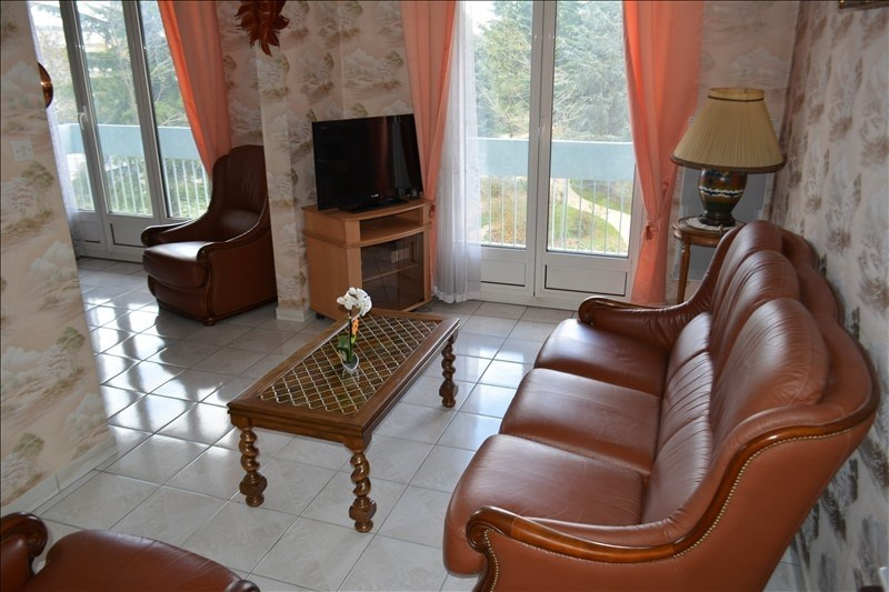 Sale apartment St priest 155 000€ - Picture 4