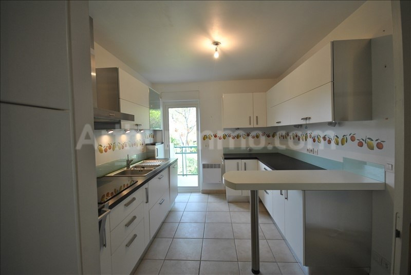 Deluxe sale apartment St raphael 795 000€ - Picture 4
