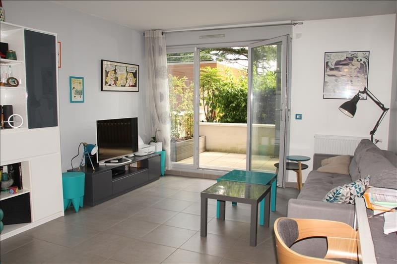Sale apartment Osny 204 000€ - Picture 2
