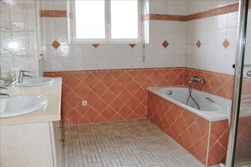 Sale house / villa Etival clairefontaine 149000€ - Picture 3