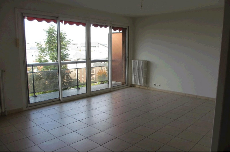 Location appartement Annecy 1 105€ CC - Photo 1