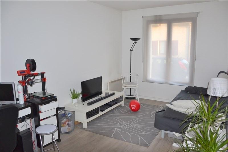 Sale apartment Cergy village 139100€ - Picture 2