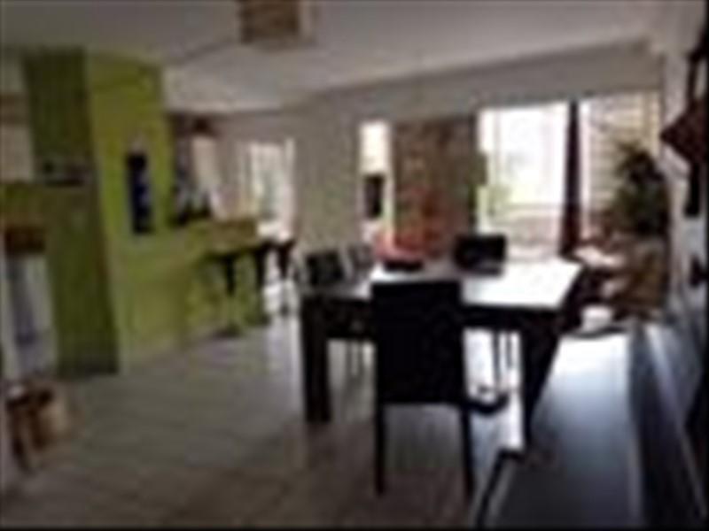 Sale apartment St gilles les bains 315000€ - Picture 1