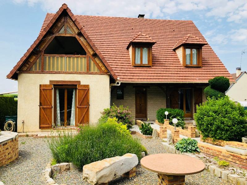 Sale house / villa Allonne 287000€ - Picture 1
