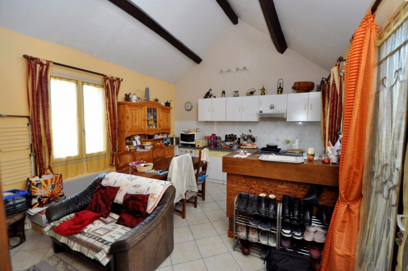 Sale apartment Vaugrigneuse 120000€ - Picture 2