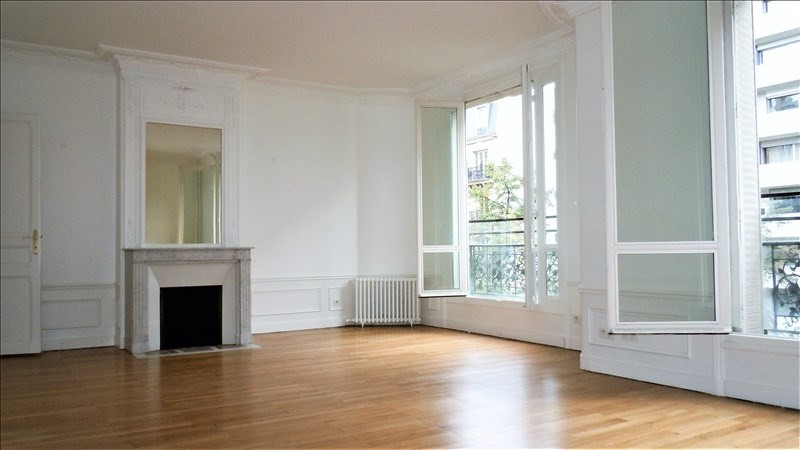 Rental apartment Paris 7ème 3 400€ CC - Picture 2