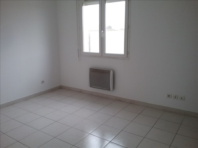 Rental house / villa Lunel 720€ CC - Picture 9