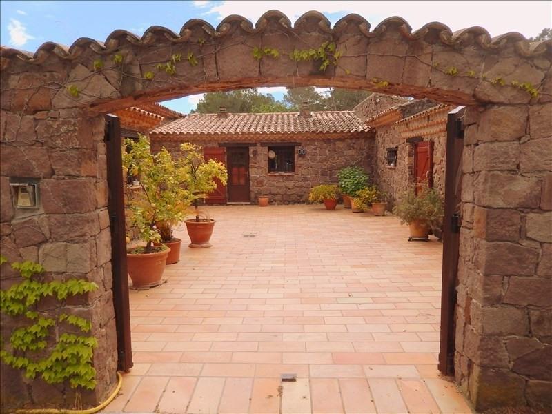 Deluxe sale house / villa Roquebrune sur argens 699900€ - Picture 1