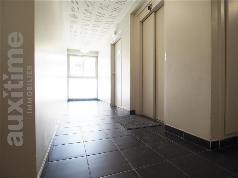 Location appartement Marseille 3ème 935€ CC - Photo 3