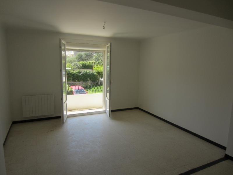 Location appartement La seyne sur mer 649€ CC - Photo 2