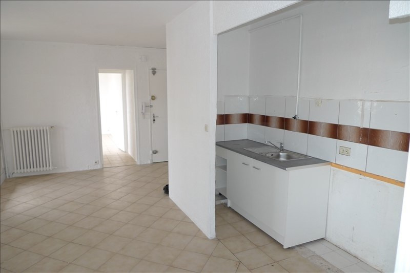 Location appartement Marseille 10ème 700€ CC - Photo 2