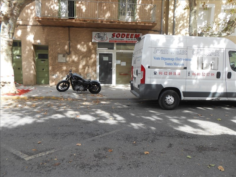 Location local commercial Martigues 550€ HT/HC - Photo 2