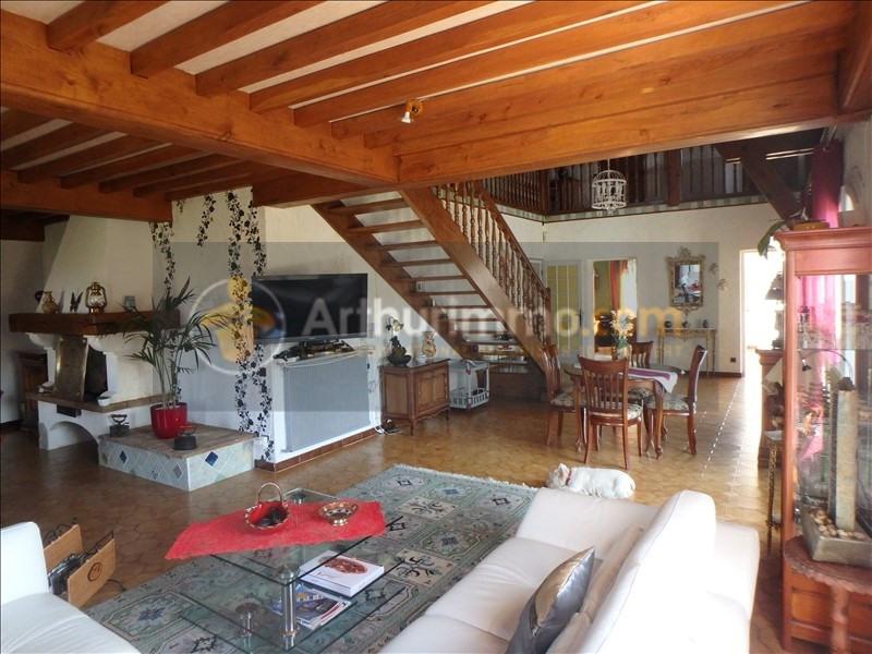 Vente maison / villa St etienne du bois 305000€ - Photo 5