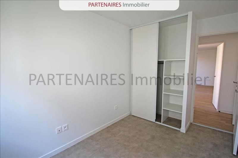 Rental apartment Rocquencourt 1 208€ CC - Picture 6