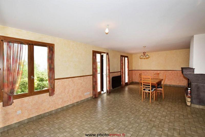 Sale house / villa Le crest 249100€ - Picture 3