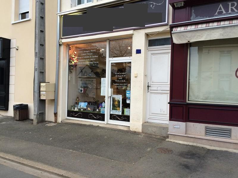Location Boutique Luisant 0