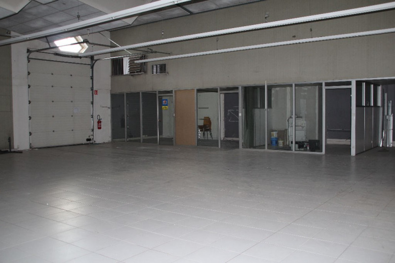 Vente local commercial La roche blanche 390000€ - Photo 5