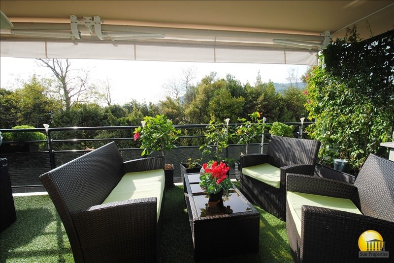 Sale apartment Cannes 399 000€ - Picture 1