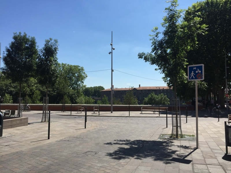 Location appartement Toulouse 399€ CC - Photo 1