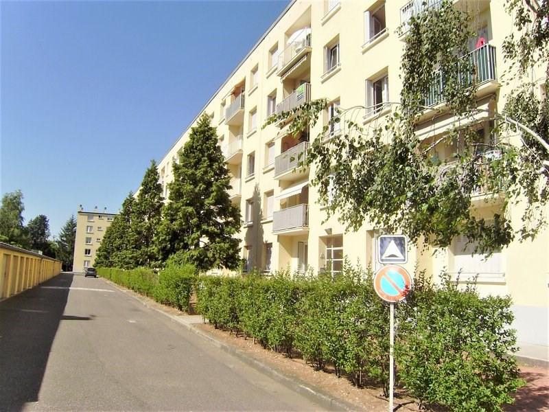Sale apartment Lyon 8ème 129000€ - Picture 1