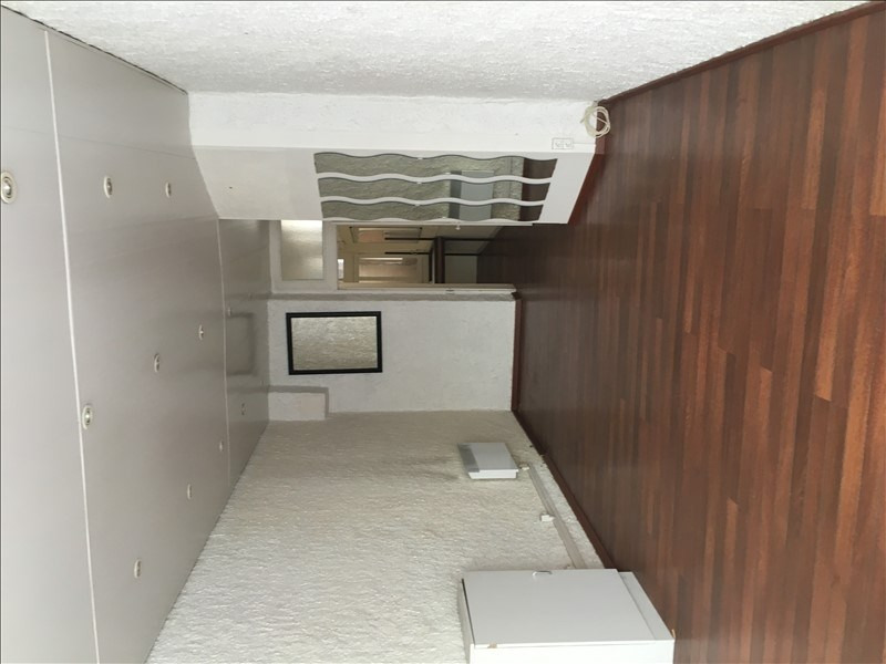 Location local commercial Cholet 490€ HT/HC - Photo 2