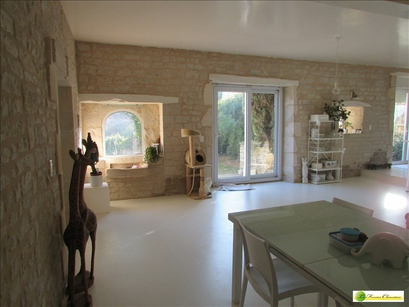 Deluxe sale house / villa Angouleme 430000€ - Picture 4