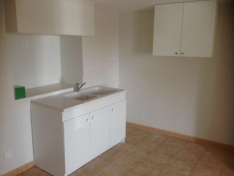 Location appartement Sarcey 290€ CC - Photo 3