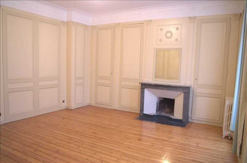 Sale apartment Honfleur 275 000€ - Picture 1