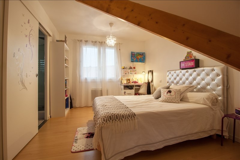 Sale house / villa Lescar 318000€ - Picture 4