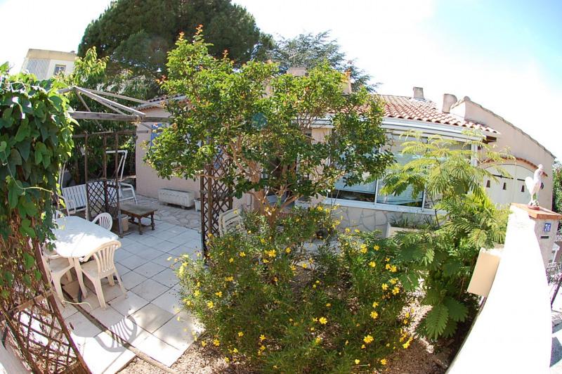 Sale house / villa Six fours 337000€ - Picture 2