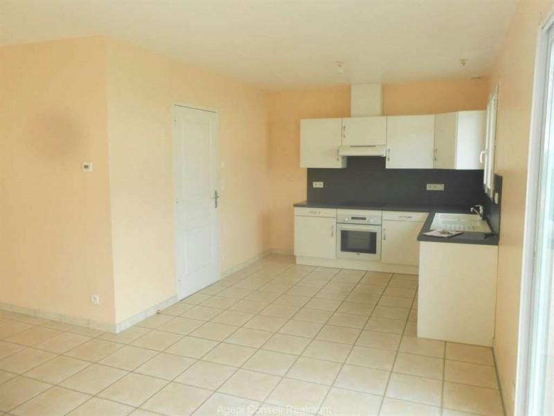 Location maison / villa Realmont 650€ CC - Photo 3
