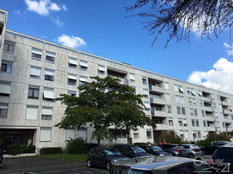 Sale apartment Massy 236 000€ - Picture 1