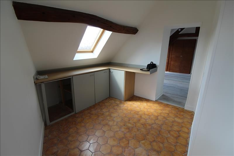 Location appartement Neauphle le chateau 648€ CC - Photo 4