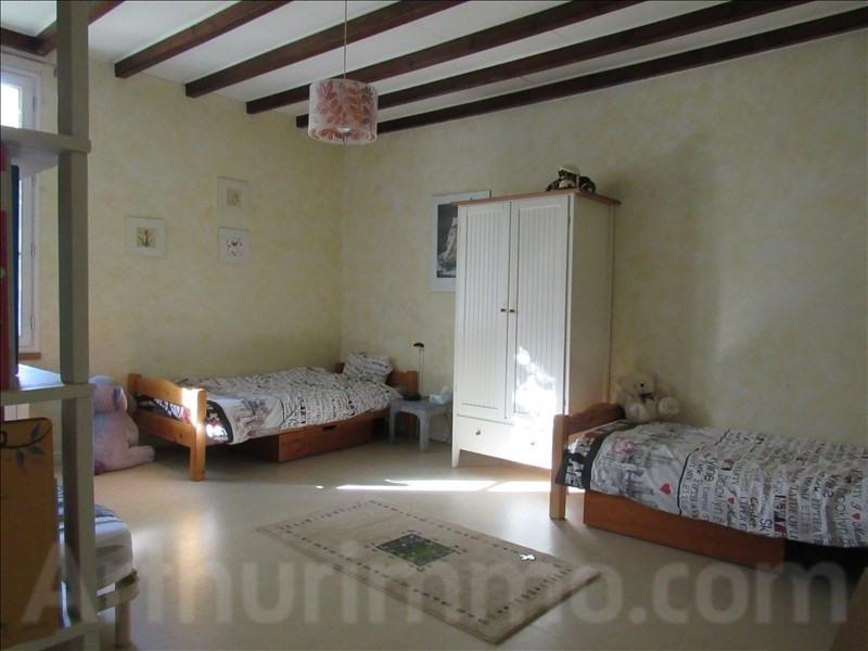 Sale house / villa Branne 415000€ - Picture 9