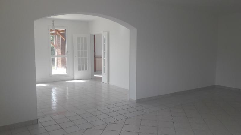 Vente maison / villa Grigny 395000€ - Photo 4