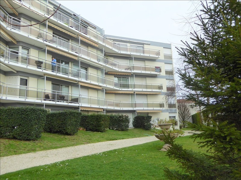 Sale apartment Royan 180000€ - Picture 1