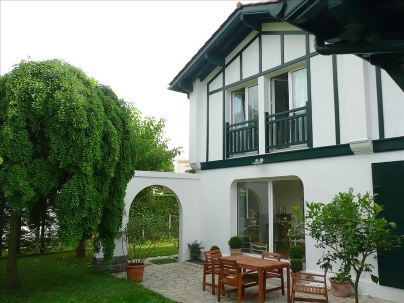 Deluxe sale house / villa Anglet 620 000€ - Picture 1