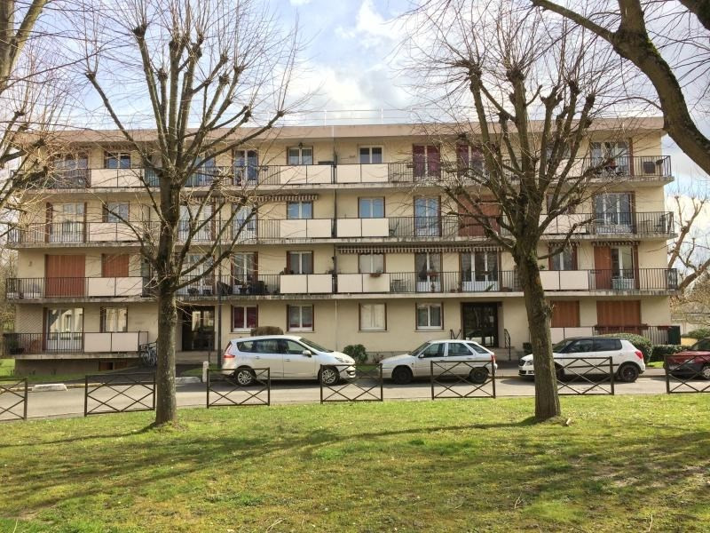 Sale apartment Brou sur chantereine 181 000€ - Picture 1