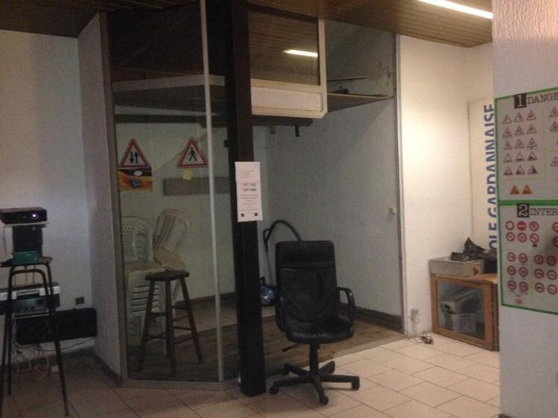 Location boutique Gardanne 730€ CC - Photo 2