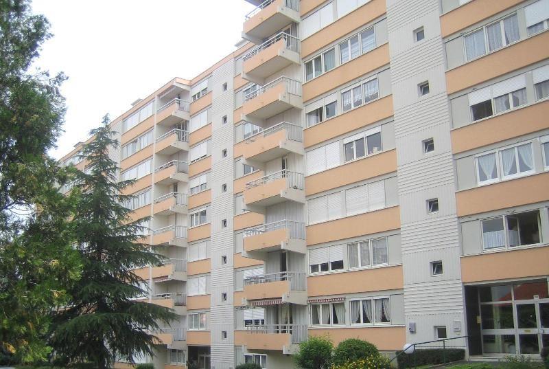 Location appartement Villefranche sur saone 819€ CC - Photo 2