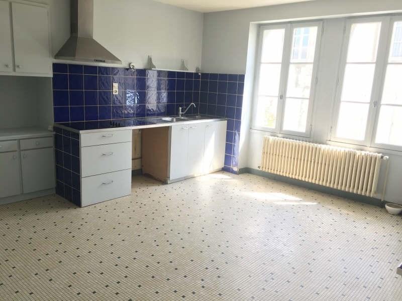 Rental house / villa Liguge 657€ CC - Picture 7
