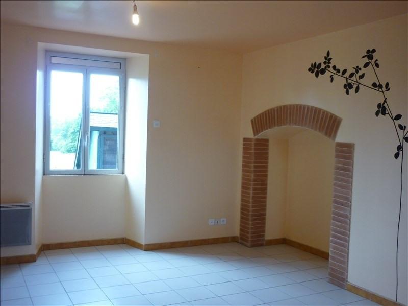 Rental apartment Retiers 400€ CC - Picture 2