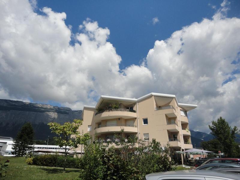 Location appartement Montbonnot saint martin 735€ CC - Photo 1