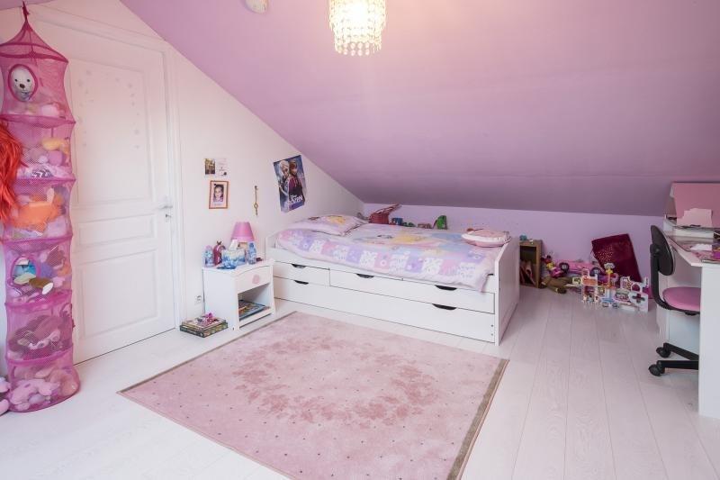 Sale house / villa Plaisir 469165€ - Picture 8